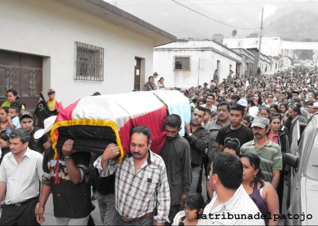 topacio_funeral